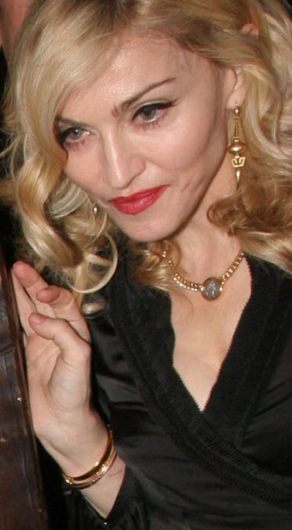 Madonna's right hand (2008)