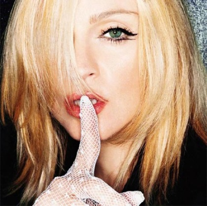 Madonna & the art of retouch: why is she wearing hand gloves again?